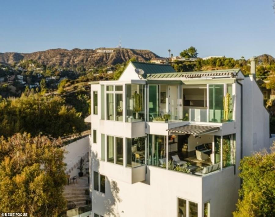 Diplo has sold his Hollywood Hills home for $2.805 million, just five days after listing it for sale.The 2,524-square-foot home offers four bedrooms and five bathrooms over four floors