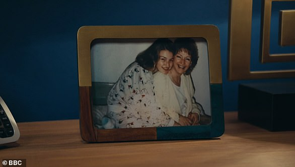 DCI Jo Davidson's mother is Anne-Marie McGillis: Is it true? There simply isn't enough evidence yet to determine on way or the other