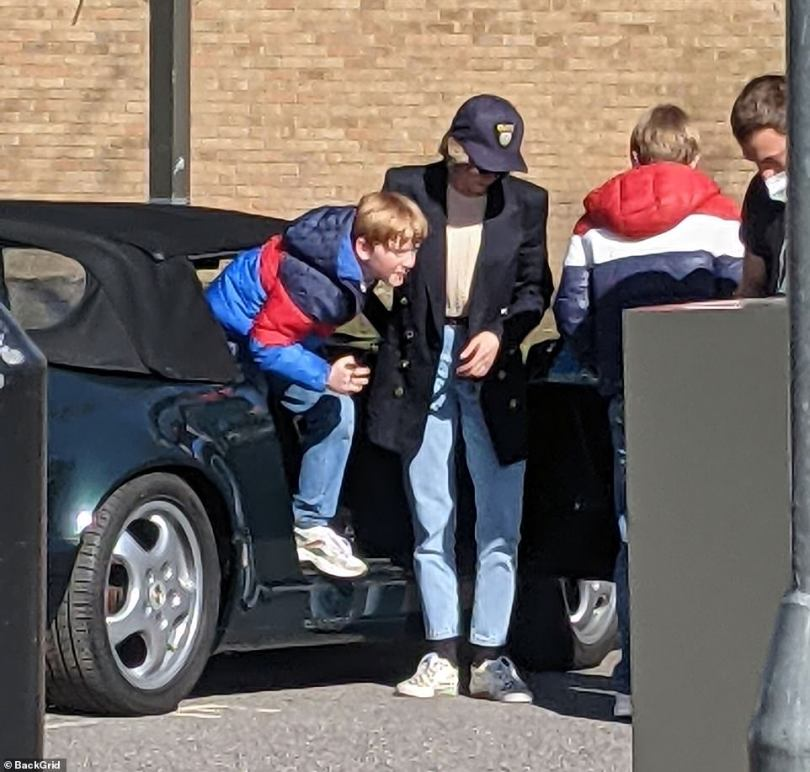 Introducing Princes William and Harry! Kristen Stewart was the spitting image of the late Princess Diana as she filmed scenes with the child actors playing her two sons on Monday