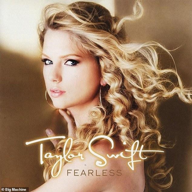 The OG: Recientemente, Taylor ha estado regrabando sus primeros seis álbumes después de que Scooter Braun compró todo su catálogo de música debajo de ella y luego lo vendió sin su conocimiento.