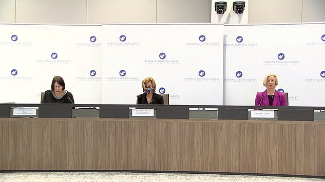 The EMA presented its review at a press briefing this afternoon, chaired byEmer Cooke (right), its executive director, Sabine Straus (centre), chair of PRAC, Peter Arlett, Head of Data Analytics and Methods Task Force