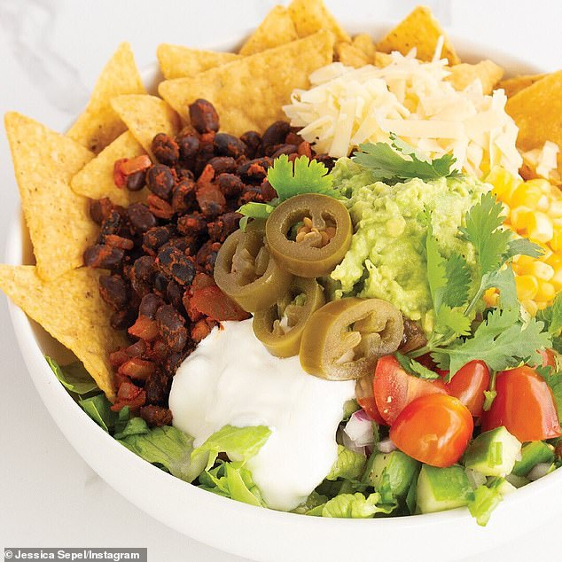 A top Australian nutritionist has revealed the recipe to her delicious and healthy Mexican nourish bowl