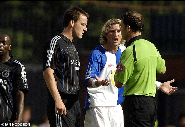 Terry and Savage argue during a match between Blackburn Rovers and Chelsea in 2006