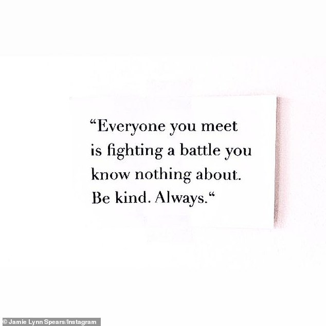 """Be nice"": ""Everyone you meet is fighting a battle you know nothing about.  Be kind.  Always, '' Jamie shared on his Instagram."