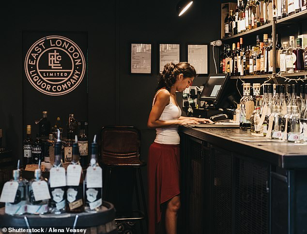 Distillery behind Kew Gardens Gin in crowdfunding campaign