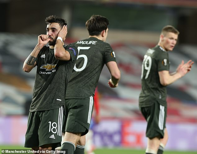 Bruno Fernandes scored a last-minute penalty to put United in a strong position in the tie