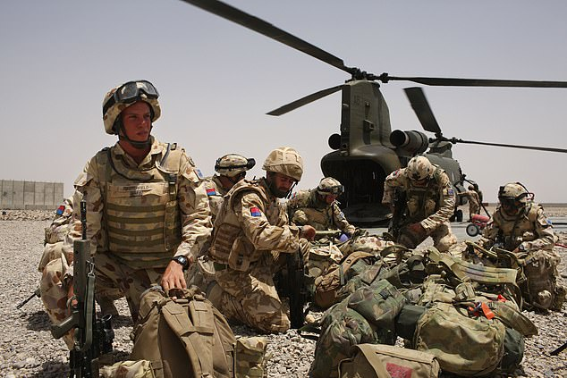Australian Army soldiers from the 7th Parachute Regiment Royal Horse Artillery at Camp Bastion