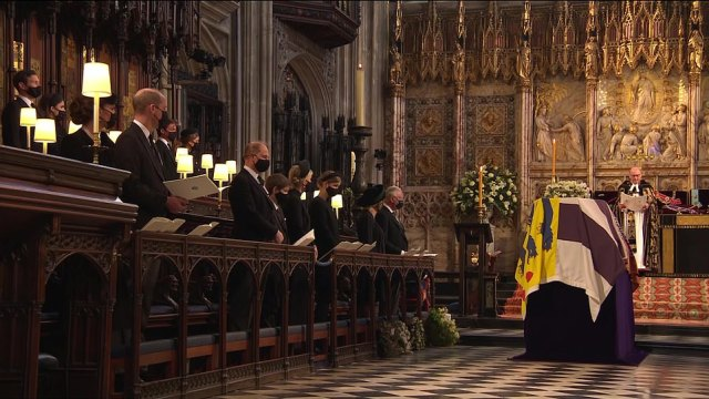 The royals followed social distancing measures as they gathered in St George's Chapel to pay tribute to Prince Philip today