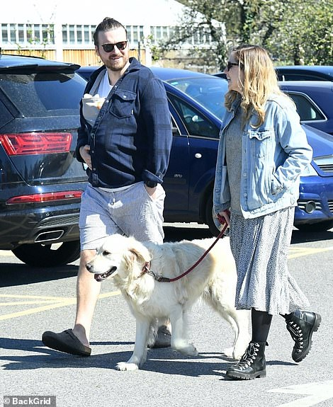 History: Sophie and Matt met and began their relationship in 2016