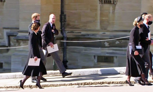 Chat: Kate Middleton, Prince Harry and Prince William talk as they walk away from the service