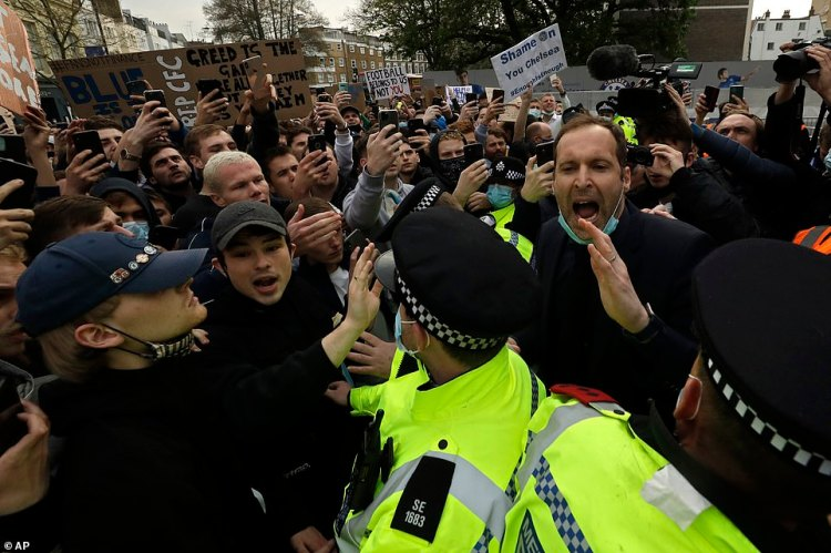 Fans blocked the Chelsea team coach's entry to the stadium, ahead of their Premier League clash against Brighton, sparking legend and current technical director Petr Cech (pictured) to get amongst the fans in a bid to appease them
