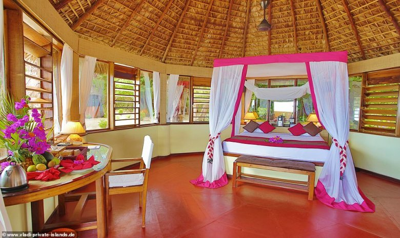 There are 27 suites scattered around the shores in varying categories and each of the chic eco-lodges includes a king-size bed, an ensuite bathroom, a terrace with direct access to the beach and a spacious garden