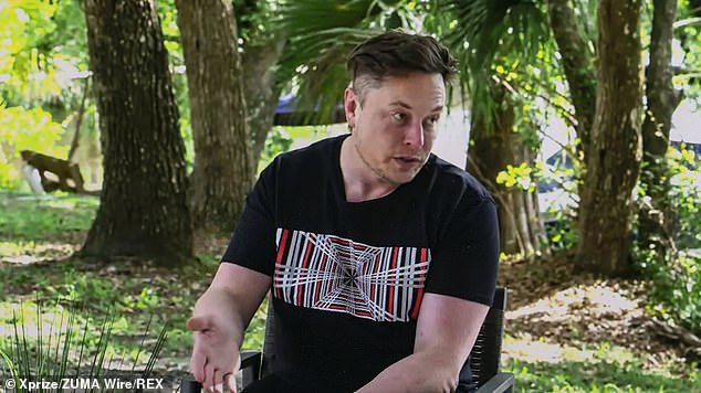 Elon Musk and Peter Diamandis in conversation about the launch of the largest incentive prize in history, the $100M XPRIZE Carbon Removal competition. During the chat Musk admitted'a bunch of people will probably die' during SpaceX's initial voyages to Mars