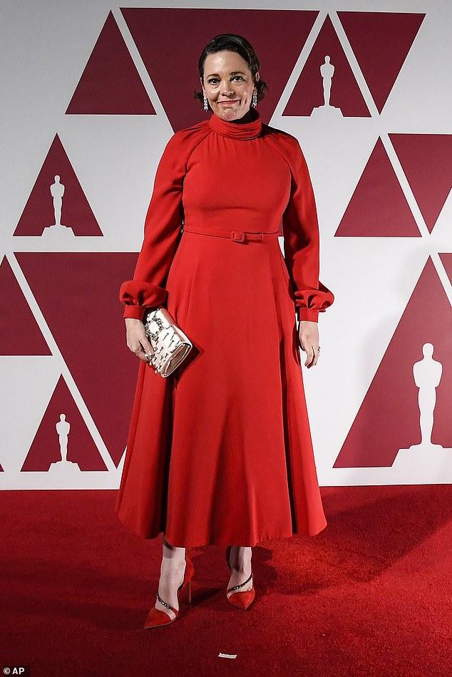 Oscars 2021: Nominee Olivia Colman walks red carpet at London Academy  Awards screening - Xingoos