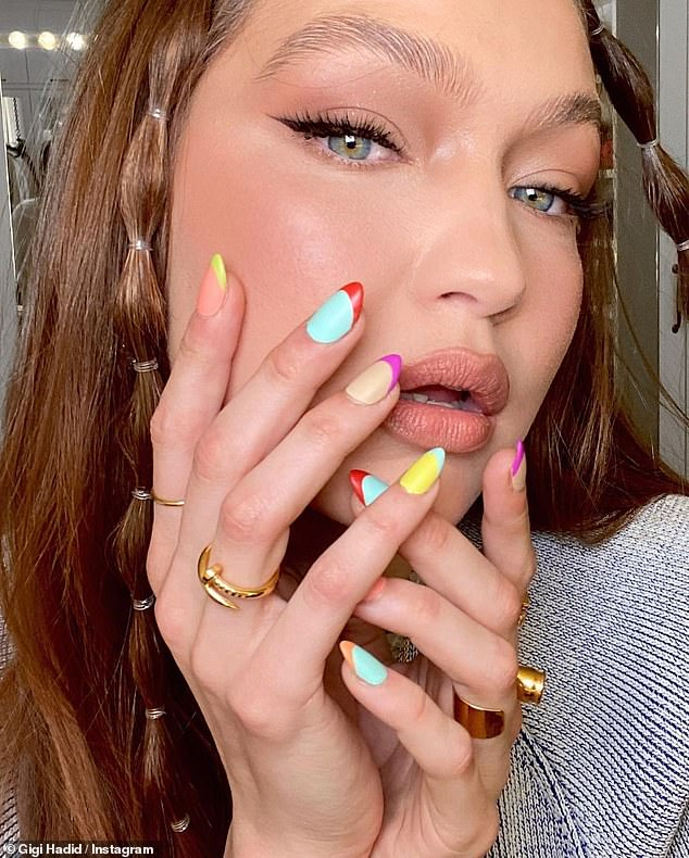 Close up:She also shared a close up her colorful manicure by Mei Kawajiri