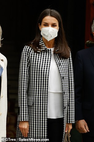 Letizia pictured in Madrid during her meeting