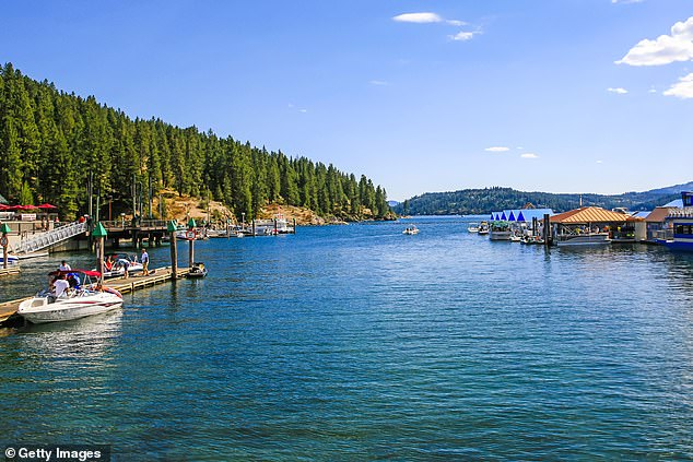 Coeur d¿Alene has a small-town feel while also serving as a tourist area with its access to outdoor activities, such as skiing and water sports