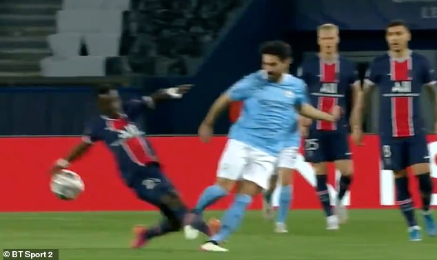 Gueye flew into a tackle with City midfielder Ilkay Gundogan that was 'needless', says Joe Hart