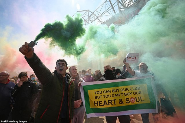 Angry fans make their feeling known outside Old Trafford as part of Sunday's protests against the unpopular Glazer family