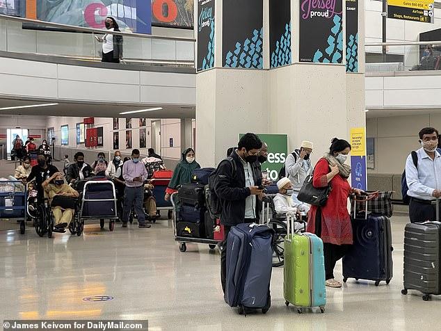 Ex-FDA chief Scott Gottlieb says travel bans on India, China and UK 'don't make sense', Swahili Post