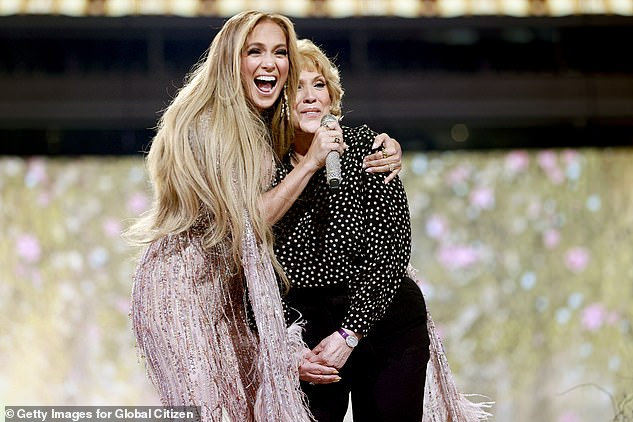 Heartwarming: 'Let's sing it like a lullaby and help her out,' Jennifer told the audience, before turning to her mother and saying, 'Sing it like you used to sing it to me' '