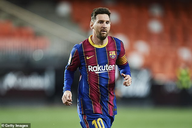 The German playmaker said that his dream is to play alongside Lionel Messi at Barcelona