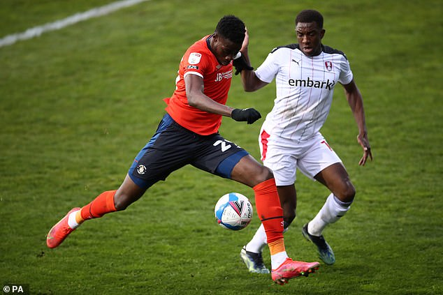 Luton and Rotherham played out a goalless stalemate at Kenilworth Road on Tuesday night