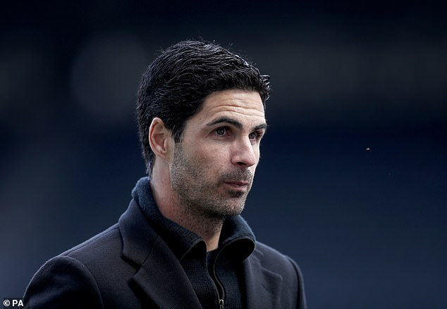 Arteta said Neville and Carragher's comments on his talisman were missing some context