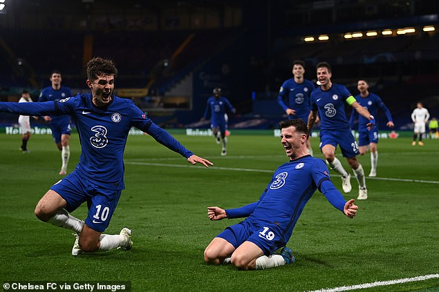 Chelsea midfielder Mason Mount (right) celebrates after sealing their place in the final