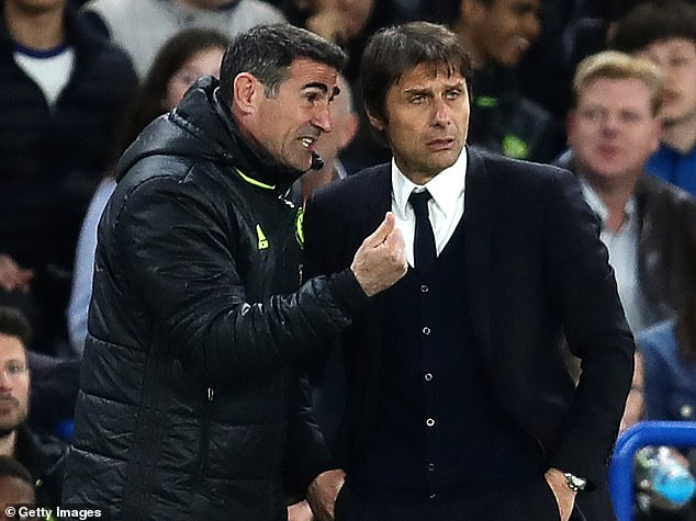 Angelo Alessio (left) claims Antonio Conte (right) does not have a rivalry with Jose Mourinho