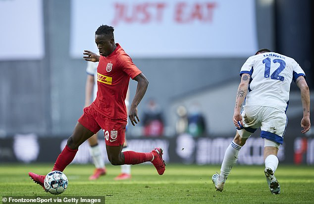 The 19-year-old forward player currently plays his football at FCNordsjaelland in Denmark