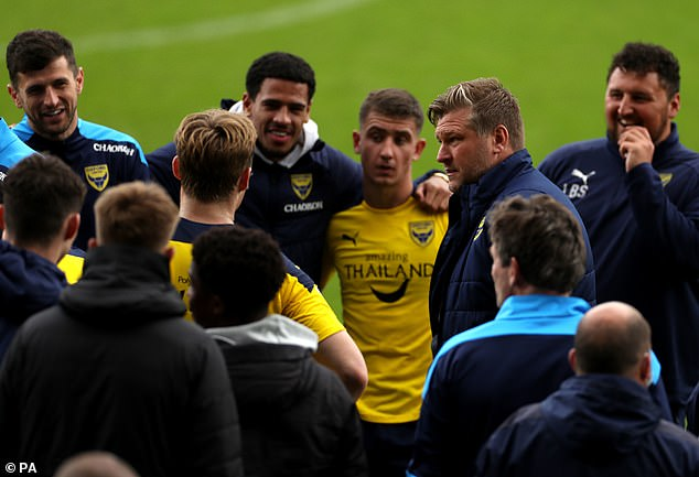 Boss Robinson gathered his players together at full-time ahead of the play-offs this month
