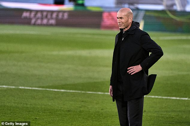 Zinedine Zidane saw his men miss the chance to go level with leaders Atletico Madrid