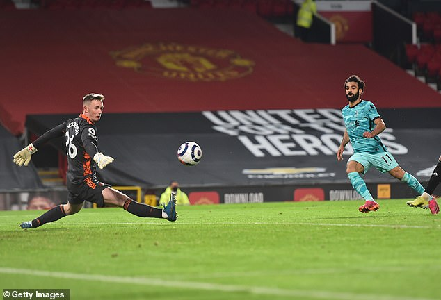 The Irishman expressed concern over Dean Henderson's stature in goal for Man United
