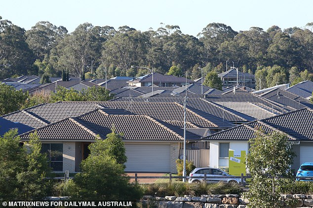 A handful of houses at Spring Farm, near Camden in Sydney's south west, have started falling apart and are riddled with cracks as the ground beneath them gives way