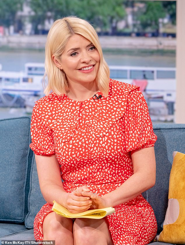 holly willoughby cryptocurrency)