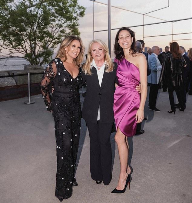 Pamella Roland, Vanessa Williams and Cristen Barker looked beautiful in Pamella Roland designs