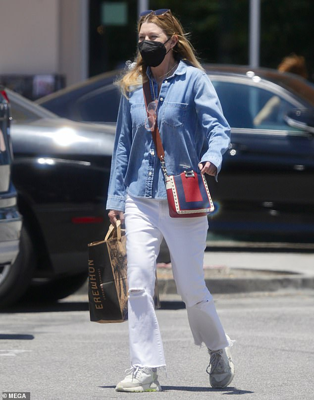 Easygoing actress: Ellen Pompeo cut a casual figure while stepping out for a grocery run at the Erewhon market in Calabasas on Friday afternoon