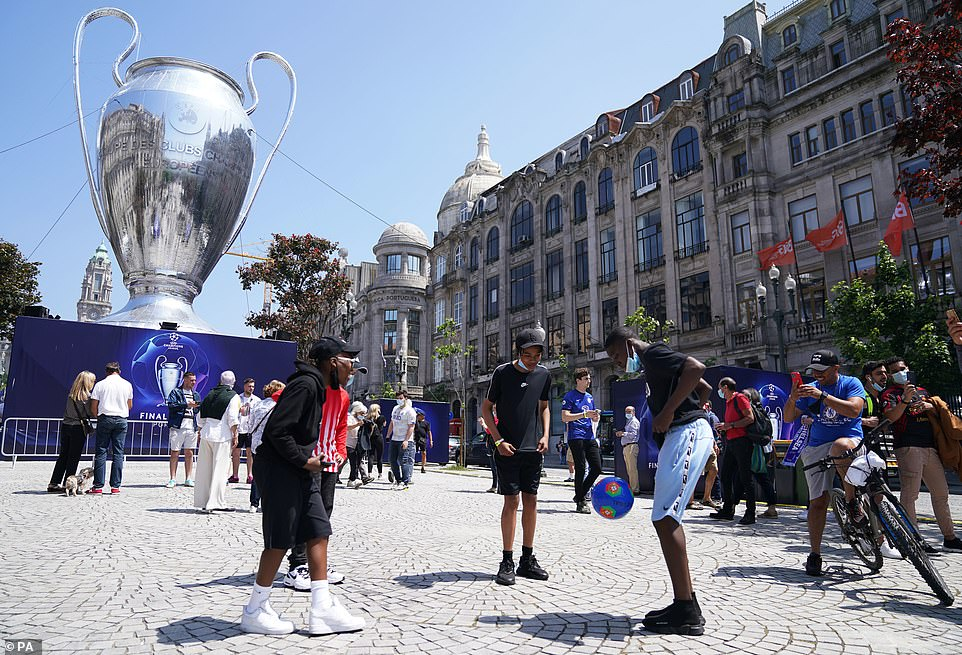 Fans in the Porto city centre fan park before the UEFA Champions League final between Manchester City and Chelsea at Estadio do Dragao
