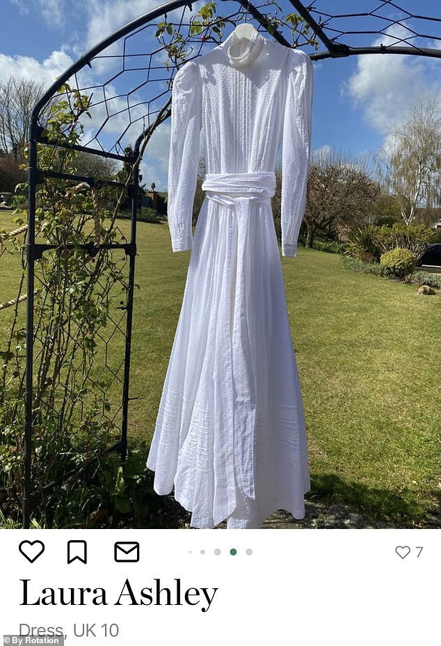 This Laura Ashley dress from the Sigrid Maria Vintage collection costs £ 265 but can be rented for just £ 8 per day