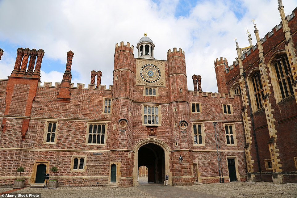 In Bridgerton,Daphne's carriage pulls in through Anne Boleyn's Gate, which is adorned with an ancient astrological clock