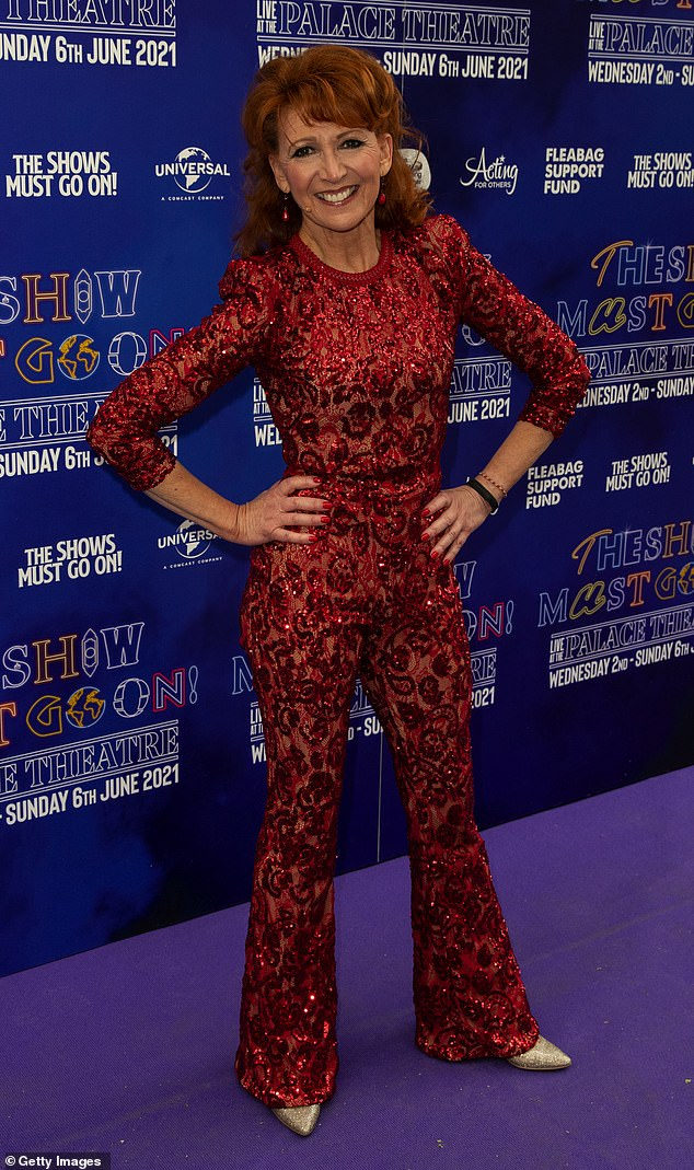 Wow!Bonnie's sequin jumpsuit, which clung to her slim frame, boasted three-quarter length sleeves and a slight flare at its hem