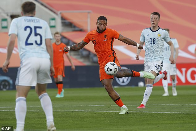 The Netherlands fired back quickly as Memphis Depay equalised with a strong finish