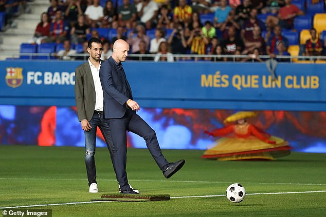 Jordi Cruyff (right) has had several director of football roles throughout his coaching career