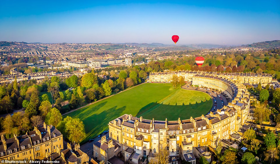 An aerial view of Bath'sRoyal Crescent, where the upscaleRoyal Crescent Hotel & Spa is also located
