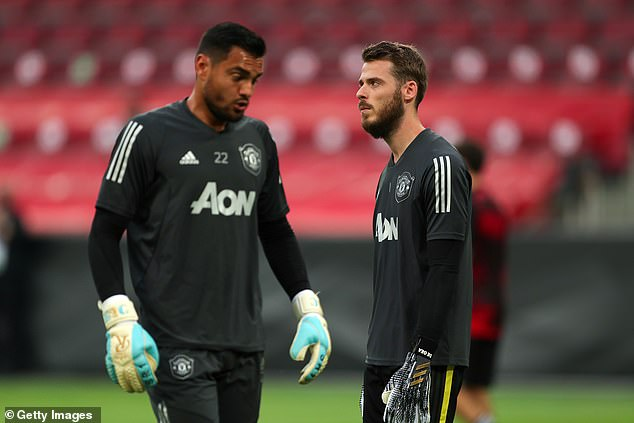 David de Gea (right) says Sergio Romero (left) deserves to be treated well at his new club