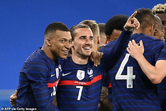 Wayne Rooney has revealed that world champions France are his favourites to win Euro 2020