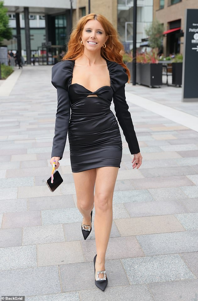 Wow!Earlier in the day, Stacey was spotted heading to the ceremony in the capital after leaving her hotel