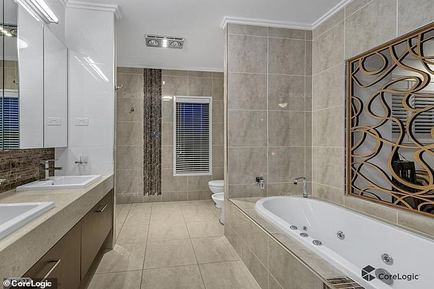 Subsequent heartbreak: In a more recent split, Seebohm parted ways with Brisbane radio host David 'Luttsy' Lutteral earlier this year. Pictured: the bathroom of herHendra home