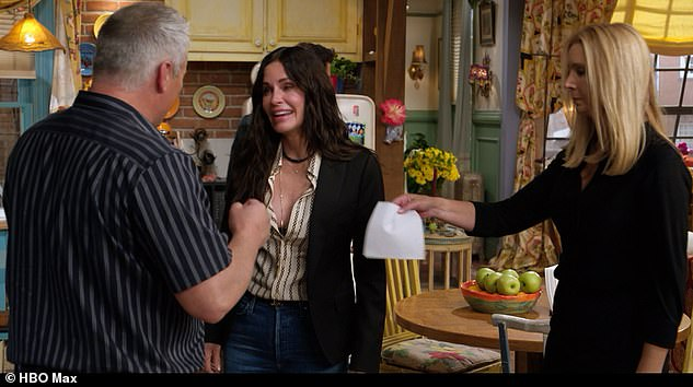 The moment: When Courteney Cox walked onto the show's old set she was in such tears that Lisa picked up a tissue and gave it to Matt LeBlanc to dry her eyes